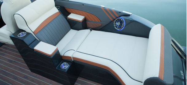 Custom Seating features in a pontoon boat