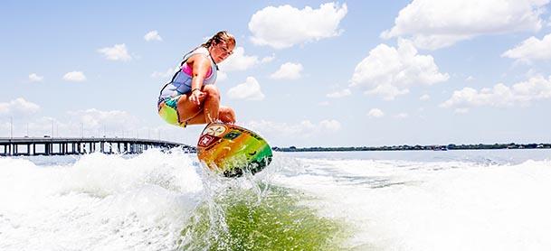 A girl wakesurfing
