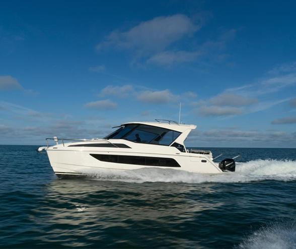 Aquila 36 Power Catamaran