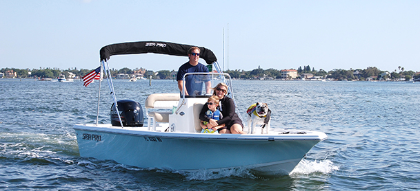 Family on Sea Pro Center Console