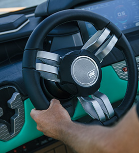 Steering wheel on a Nautique boat