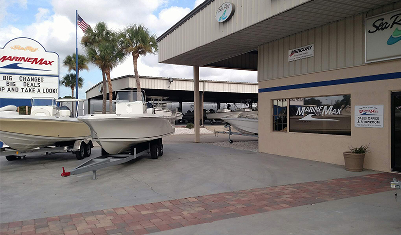 marinemax cocoa store front and boats