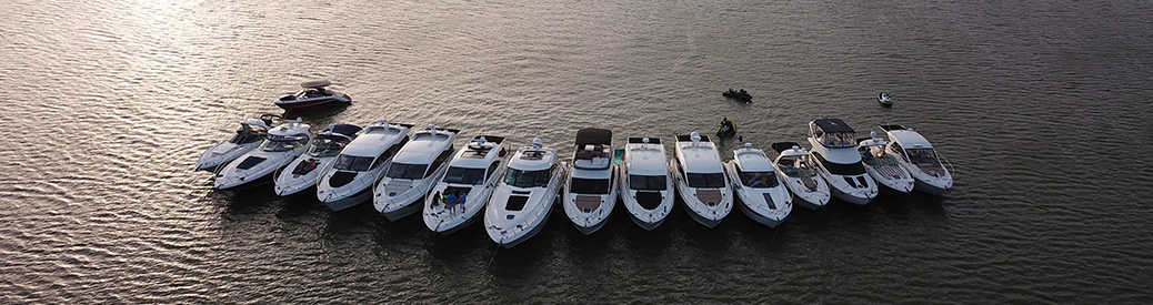 MarineMax Dallas Yacht Center boats lined up