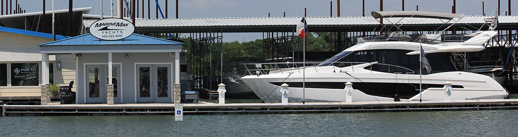 MarineMax Dallas Yacht Center dock and yacht docked