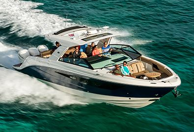MarineMax Sarasota: Take a Closer Look at the 380 Realm & 400 SLX Outboard