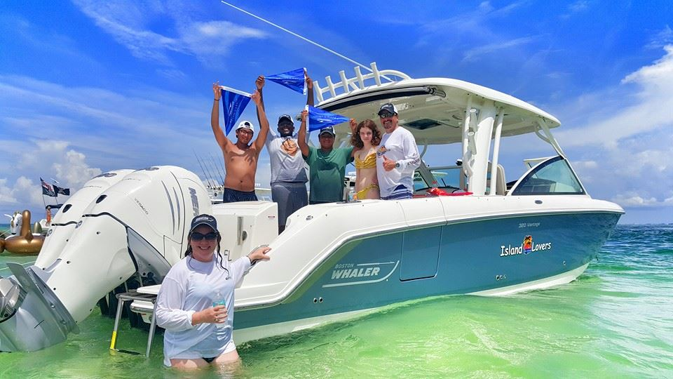 show-us-yout-burgee-at-the-sandbar.jpg