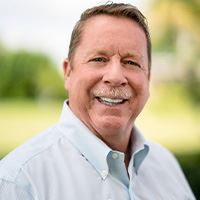 Headshot of Bruce Siler