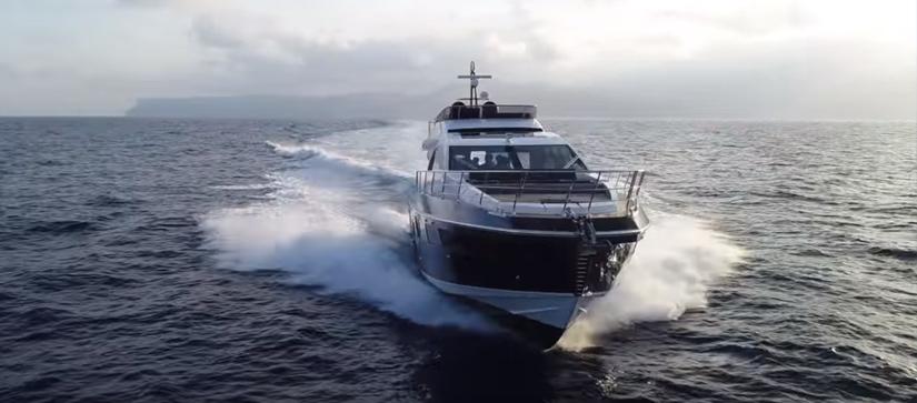 Azimut S7 yacht cruising through water