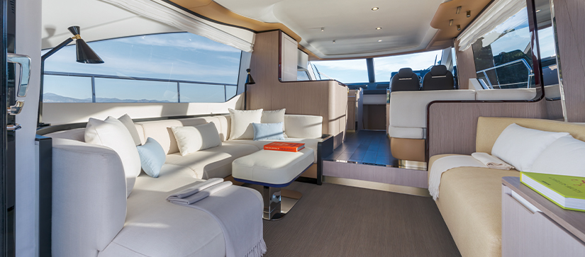 The salon of an Azimut 60 Flybridge