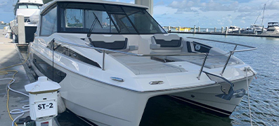 a 2018 marinemax vacations 362 for sale