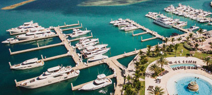 boats docked at a marinemax getaway