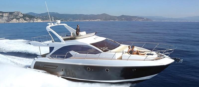 Azimut 50 Flybridge Yacht