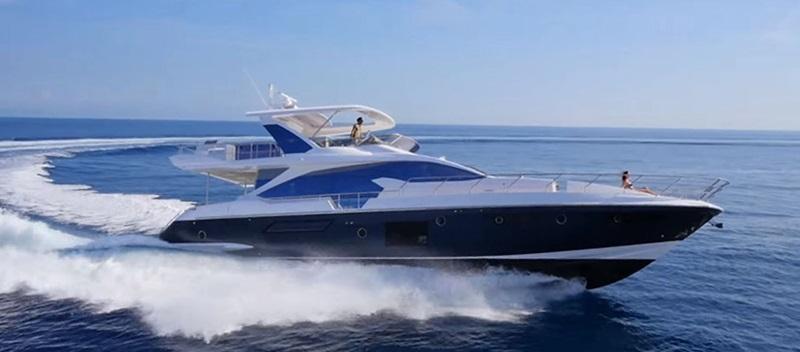 Azimut 72 Flybridge Yacht
